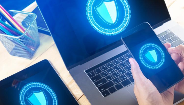 Sicherheitslücken - Laptop, iPhone, iPad