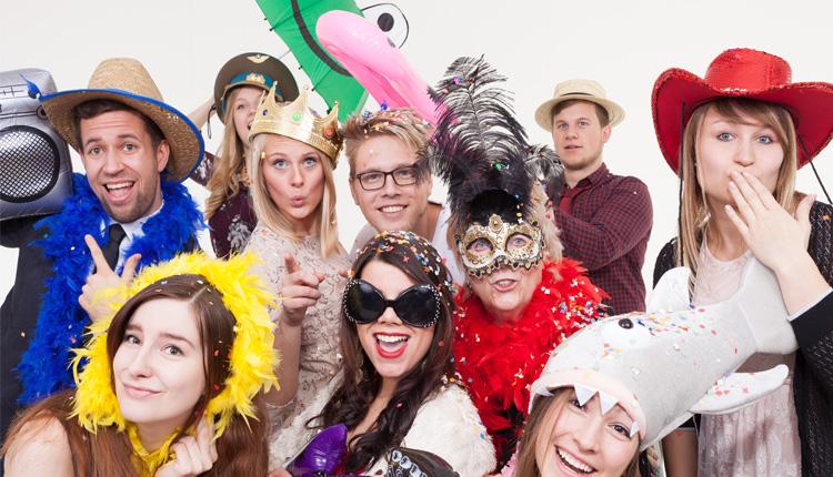 25 Karnevalsspruche Fur Whatsapp Narrische Grusse Am 11 11 Handy De