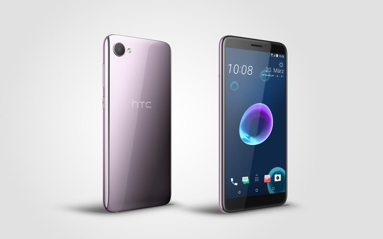Fast schon Lila: Das HTC Desire 12 in Warm Silver