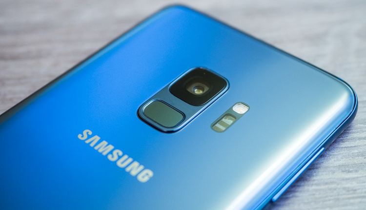 Samsung Galaxy S9 in Coral Blue