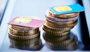 SIM-Karten mit Münzen