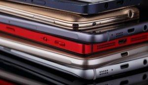 Gestappelte Smartphones