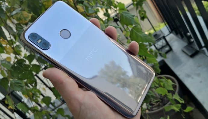 Das HTC U12 life in Twilight Purple
