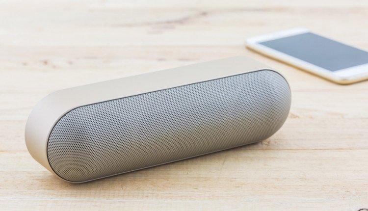 Bluetooth Speaker mit Smartphone