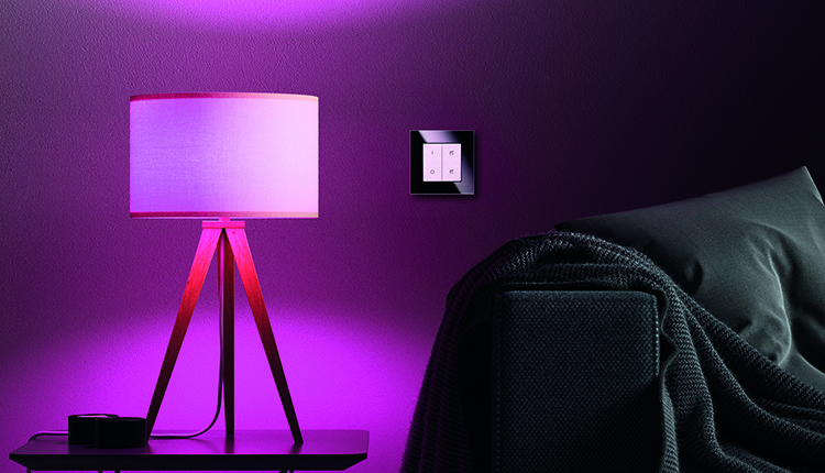 endlich richtig smarte lichtschalter f r philips hue. Black Bedroom Furniture Sets. Home Design Ideas