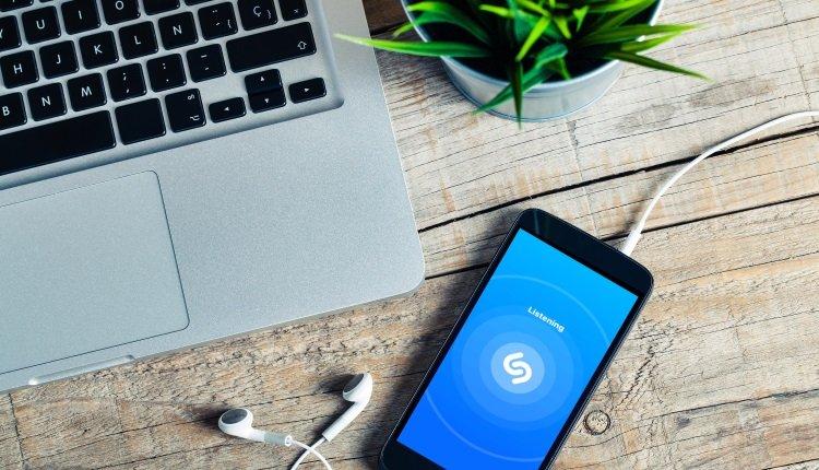 Musik-App Shazam auf dem Handy