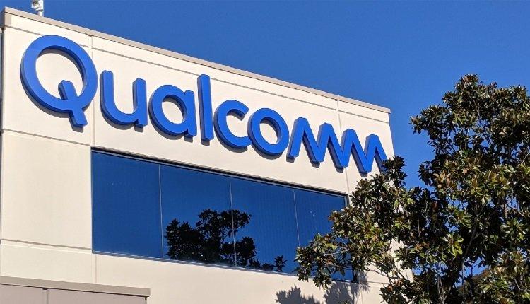 Qualcomm-Logo auf Gebäude
