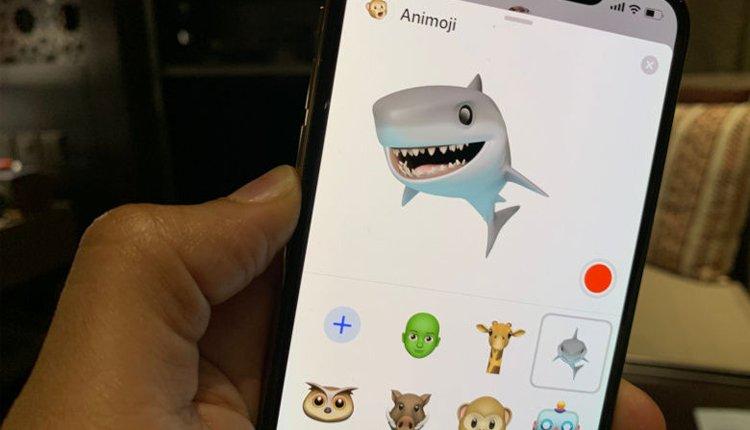 Apple Emojis Animojis iOS 12.2