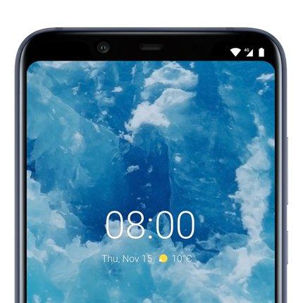 Nokia 8.1 in der Frontansicht mit Selfie-Kamera
