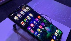 LG V50 ThinQ 5G Display