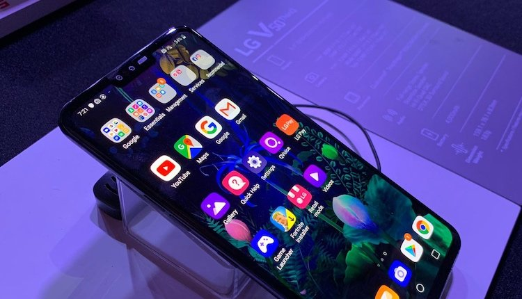 LG V50 ThinQ 5G Display