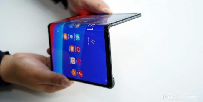 Oppos faltbares smartphone_klapp