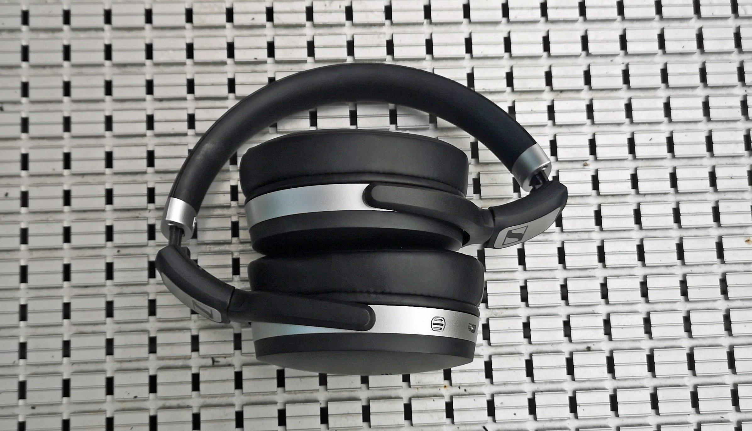 Sennheiser HD 4 50 im Test: Brillanter Ohren-Schmaus | handy de
